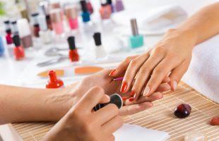 manicure-shutterstock_317087495